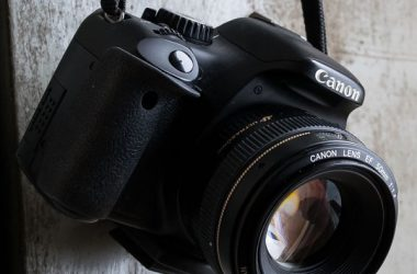 camera-991619_1920